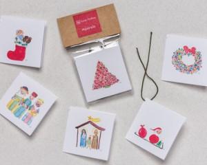 """[:pb]tag natal 10 unidades 5 x 5cm[:en]christmas gift-tag 2"""" x 2""""[:]"""